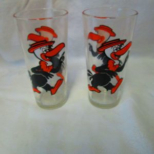 1973 vintage pair of Pepsi Collector series Beaky Buzzard Tall Sturdy Tumblers Iced Tea Soda Warner Brothers