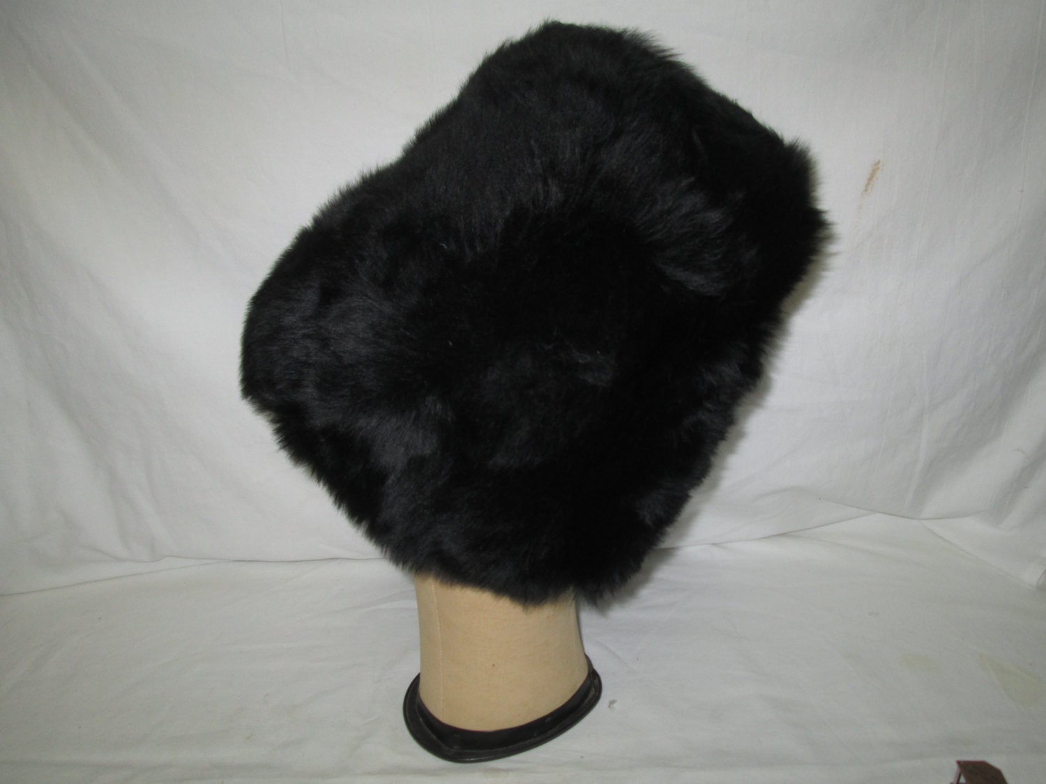 Antique Black Fantastic Tall Faux Fur Hat Made in Italy Suede Lining Russian Style or English Guard hat Size 6 7/8 metric 55