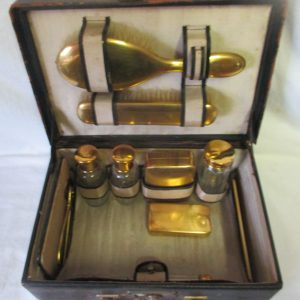 Antique Train Trave Case Overnight Cosmetic Shaving Bag Leather Suitcase crystal bottles brass trimmed ground stoppers brass threads Germany
