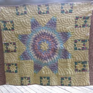 Beautiful Antique Hand made hand stitched quilt Full Size lone star pattern lined