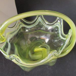 Beautiful Large Blown Art Glass Center bowl Yellowish green color swirl pattern scalloped rim Cottage MOD Retro Home Decorative Bowl