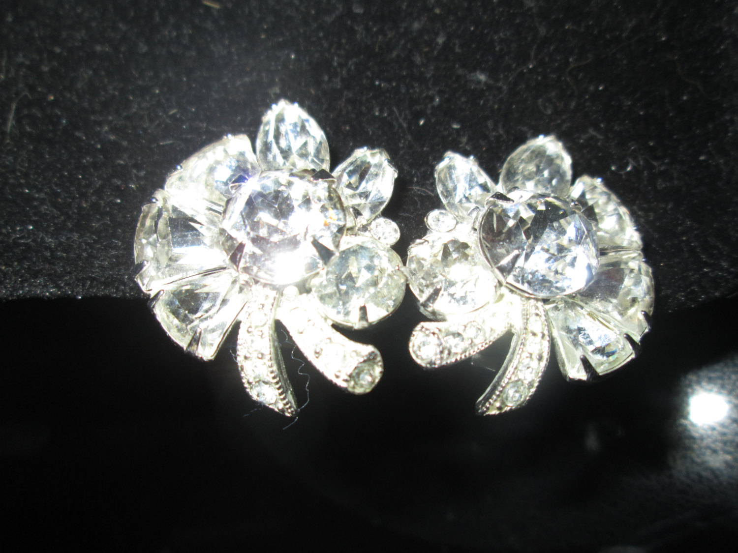 5d1bac24e43bc Beautiful Large Rhodium Plated Eisenberg Ice Clip Earrngs Rhinestones  Signed Jewelry WOW Pieces Wedding Evening Jewelry signed