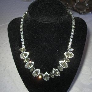 Beautiful Silver tone and Rhinestone Necklace Rhodium Plated with Smokey Topaz and Rhinestones Vintage true Weiss Vintage Jewelry