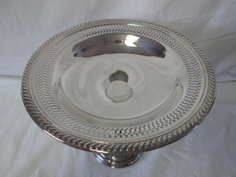Beautiful Wm Rogers Silverplate Silver Plate Compote Very pretty design  Reticulated Rim
