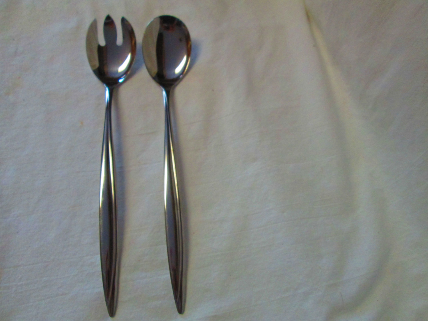 Dorze Stainless Mid Century Modern Japan Salad Set by Hull Harcourt pattern Very clean lines Great condition