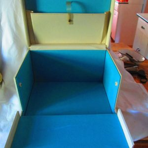 Fantastic Pensacola Beauty College Make Up case Mid Century Fold down front Beauty Case