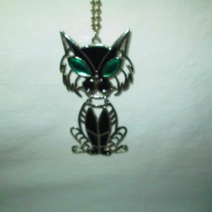 Great Kitten Kitty Cat Silver tone Chain Necklace with 2 piece cat Drop Enameled Black with green eyes