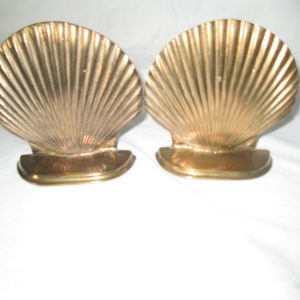 Pretty Shell Pair of Bookends Brass