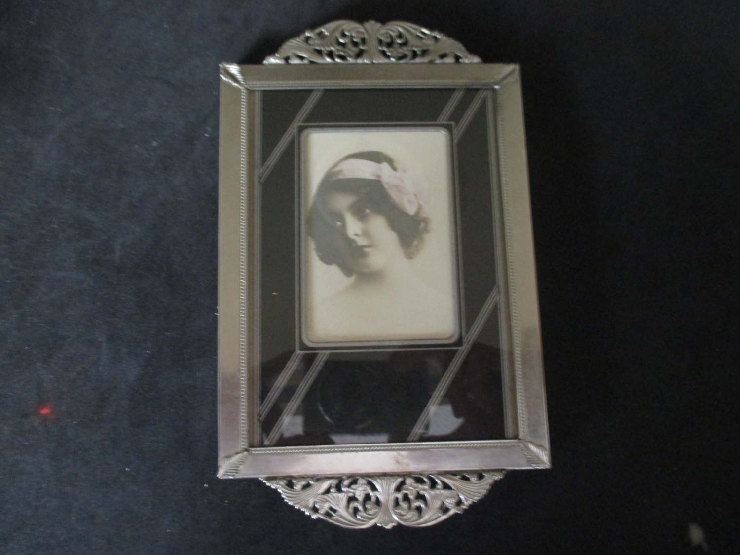 Vintage art deco tray with art deco photo silver metal for Vintage home interior products