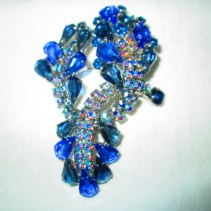 Vintage Stunning Brooch Pin Rhinestones Glass Blues and blue aurora borealis rhinestones silver tone back Most Beautiful!!
