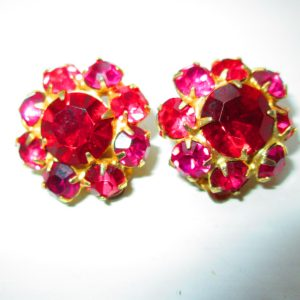 "Vintage Stunning Pink and Light Pink Rhinestone 1950's Clip Earring 1"" across Really Neat Rhinestones"
