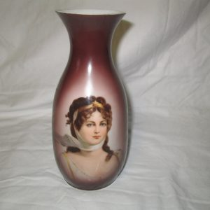 Antique Beautiful Portrait Vase ca. 1900 Queen Louise fine china hand painted England