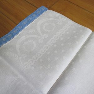 Antique Damask Bathroom 100% cotton towel Lincoln drapes with dotted body cottage summer collectible display turn of the century 18x32 #2