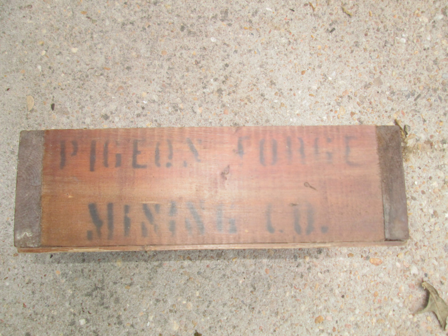 Antique Pigeon Forge Mining Company Crate with screen bottom sifting mining box