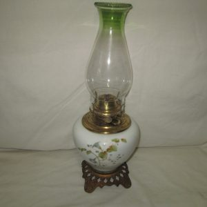 Beautiful Antique Kerosene Lamp Hand painted Eagle Brand Removable Canister Beautiful Glass Base Early 1900's