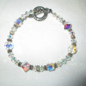 Beautiful Aurora Borealis glass beaded bracelet Fantastic Coloring