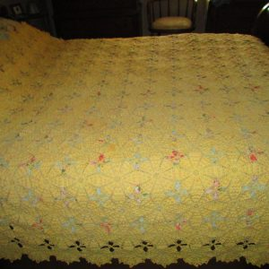 Beautiful Ivory hand made Crochet Bed Cover Coverlet Bedspread 100% Cotton 70 x 84