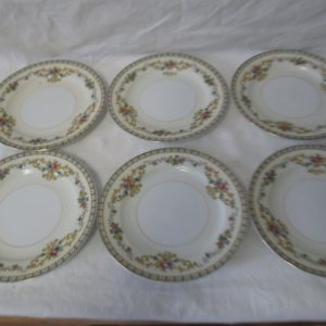 "Beautiful Noritake Japan Mid Century Fine Bone China Floral Pattern bread & butter plates 6 1/4"" across 1 1/2"" tall set of 7"