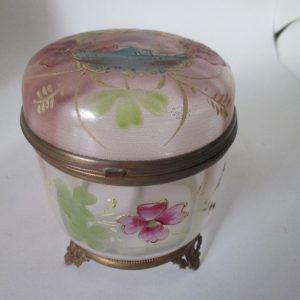 Beautiful Victorian Hand decorated glass dresser vanity jewelry pin box enameled cottage shabby chic farmhouse Victorian decor