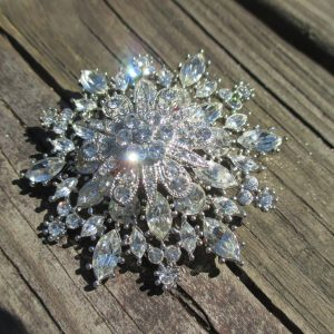 Beautiful Vintage Large Rhinestone Brooch R.J. Graziano Stunning Sparkly Pin Brooch Jewelry Glitter Glitz Glam Shine silvertone