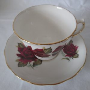 Beautiful Vintage Tea Cup and Saucer Fine Bone China Red Roses Royal Vale made in England
