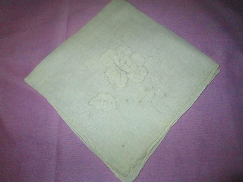 Beautiful white linen white applique floral embroidered hankie handkerchief