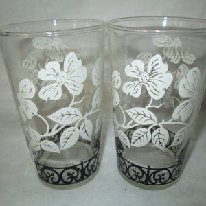Depression 2 Water Glasses Tumblers Federal Glass Black and white flowers with scrolls Nice condition no paint loss