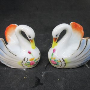 Elegant Swan Salt & Pepper Shakers decor collectible display tableware kitchen farm cottage marked Cherry and 1352B blue gold yelow pink