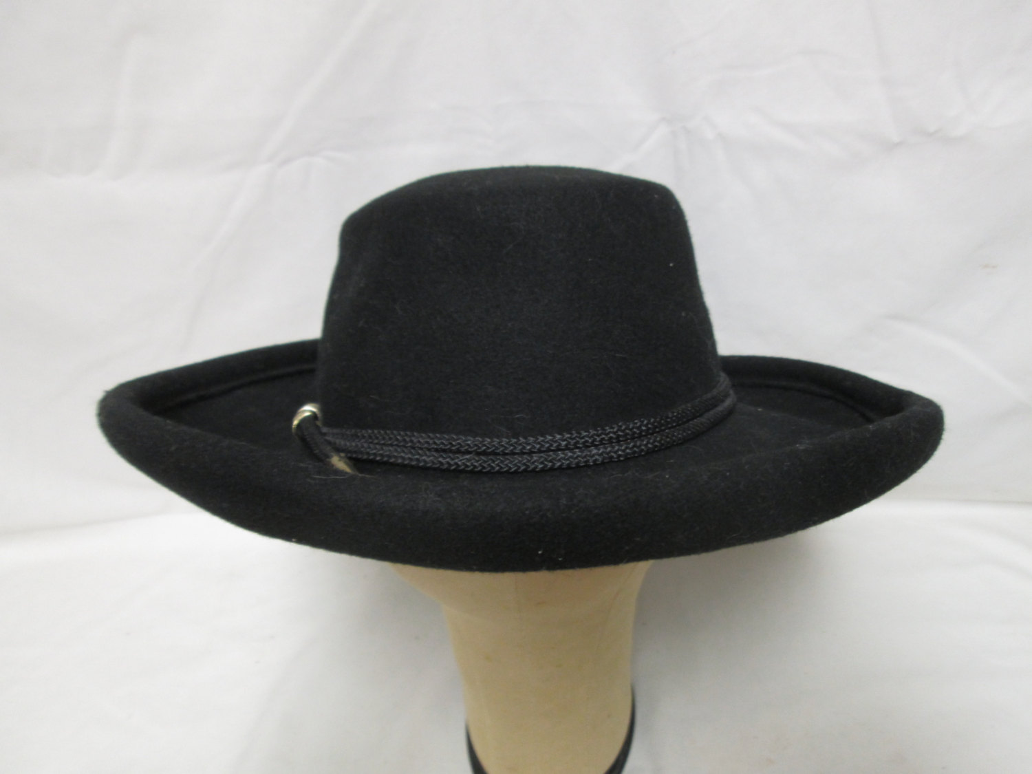 Fantastic Black 100% Wool Fedora Hat Women s Womens hat wool Bollman USA  1940 s with Lanyard fb0699bb558