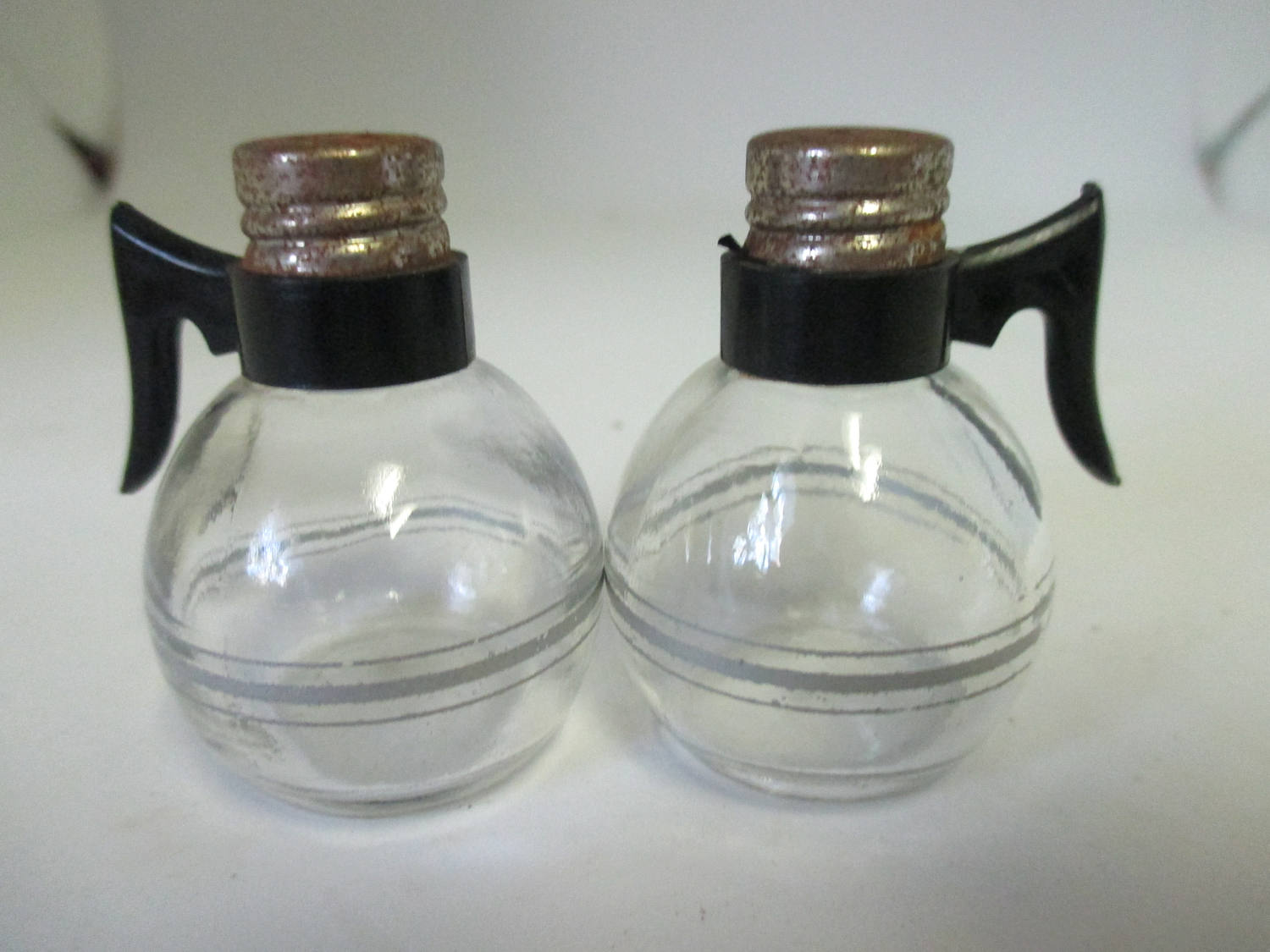 Mid Century Miniature Pyrex coffee pots Salt & Pepper shakers cottage collectible display farmhouse country Kitchen clear glass black handle