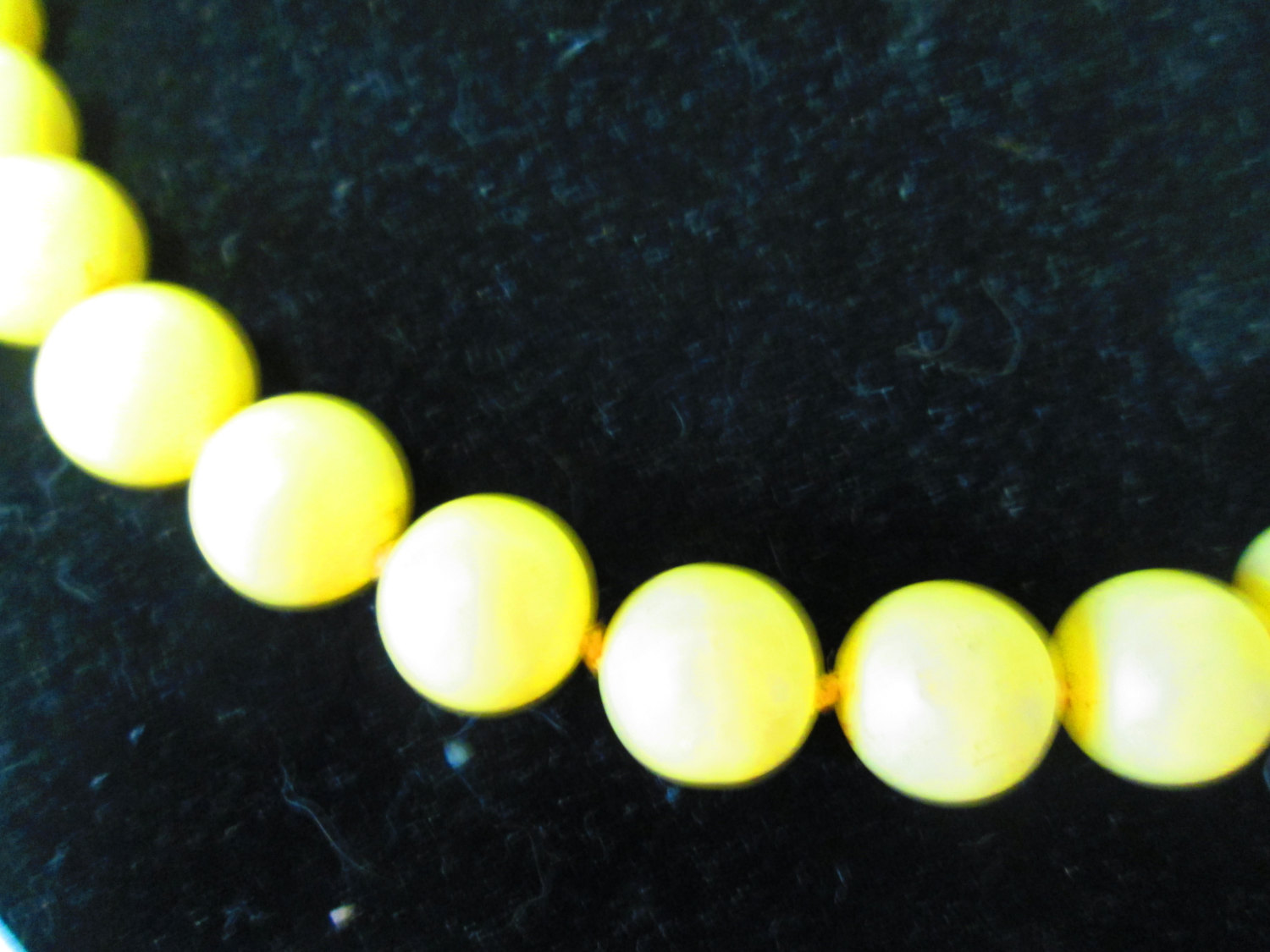 Mid Century Yellow large bead necklace Gold tone clasp