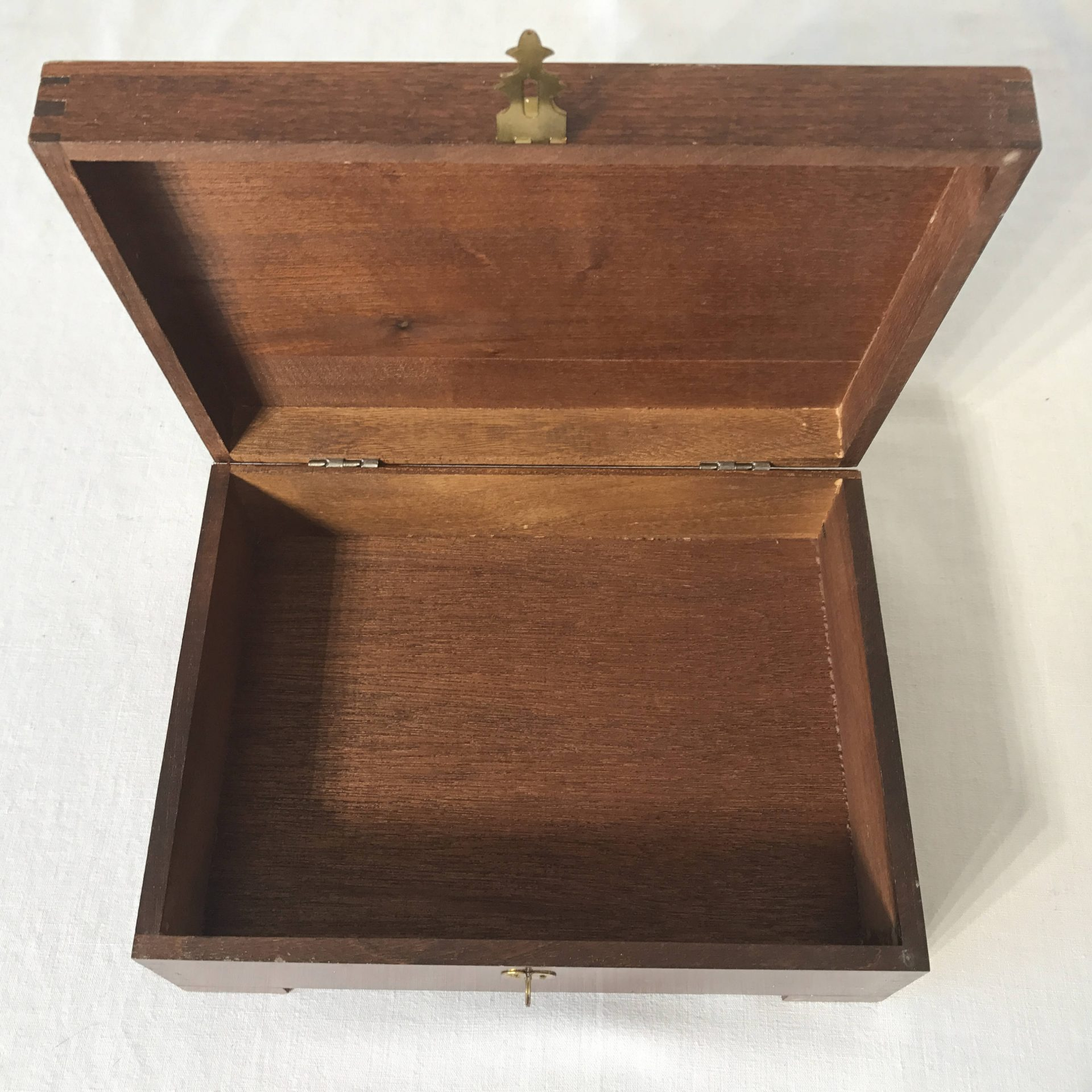 Vintage Dovetail Storage Jewelry Box footed with latch carved lid folk art