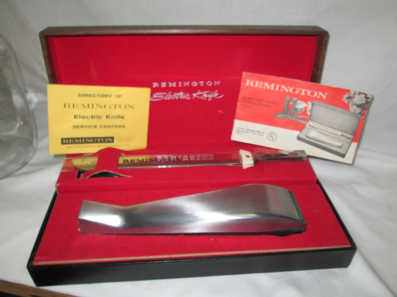 Vintage Modern Sleek Remington Electric Knife Stainless Steel 1966 Cord  Model Instructions, cord, box Dining Serving Kitchen Thanksgiving