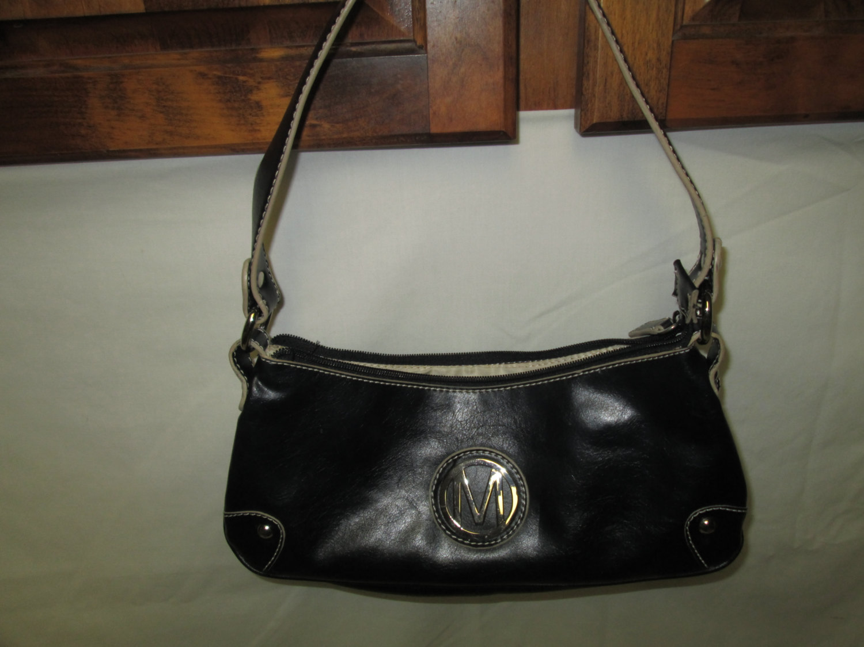 Vintage Nine West Leather Small Shoulder Bag Handbag Letter M In Silver On Front Beige Trim