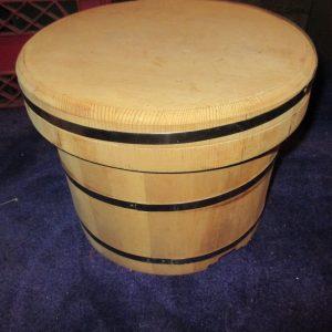 Vintage Solid Wooden Crate Barrel with lid Display storage Garage Kitchen Magazines