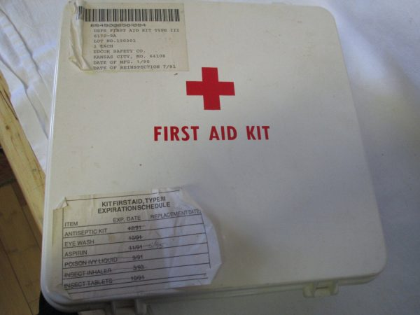 Vintage First Aid Kit with all Contents USFS Kansas City, MO 1990 United States Forest Service